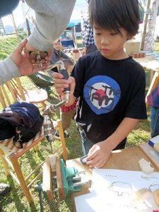 10/28「木の動物づくりin美濃和っ紙ょいマルシェ」開催報告!:詳細ページを見る