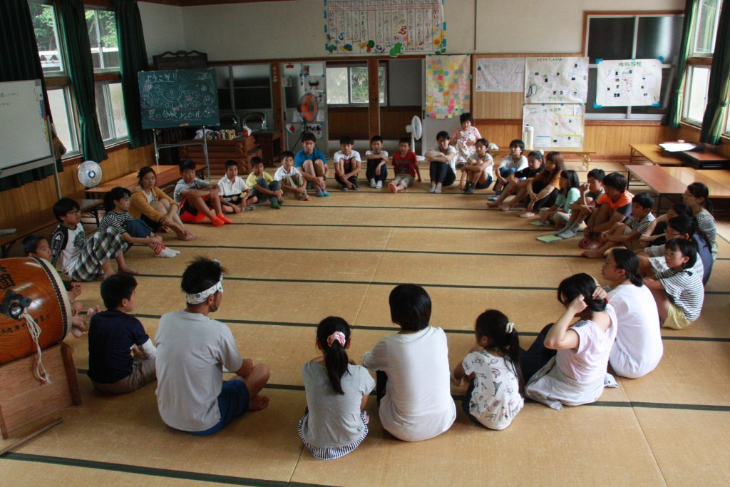 8月「夏の分校1/2ヶ月キャンプ」を募集中♪:詳細ページを見る