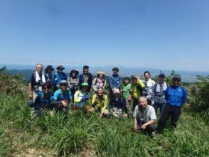 7月10日「中ノ俣古道ツアー 「初夏の海前峰を歩く」」を募集中!:詳細ページを見る
